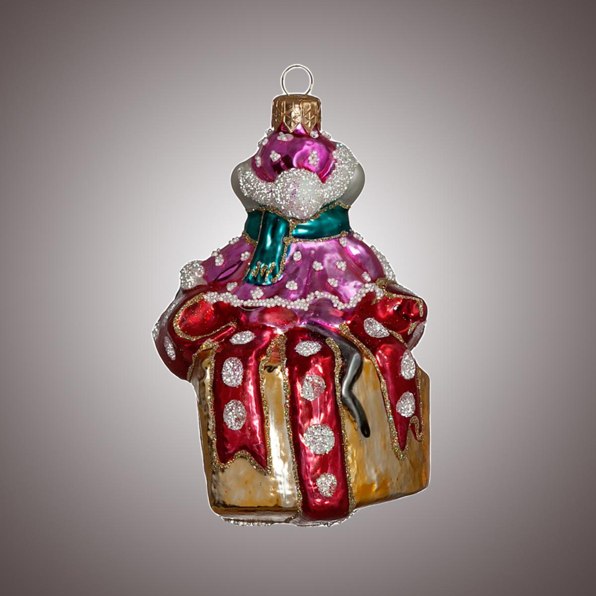 Мышка-Санта на сыре